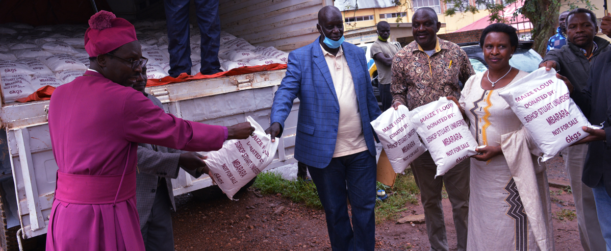 Bishop Stuart University donates 5 tons of Maize flour to Mbarara District COVID-19 Task Force